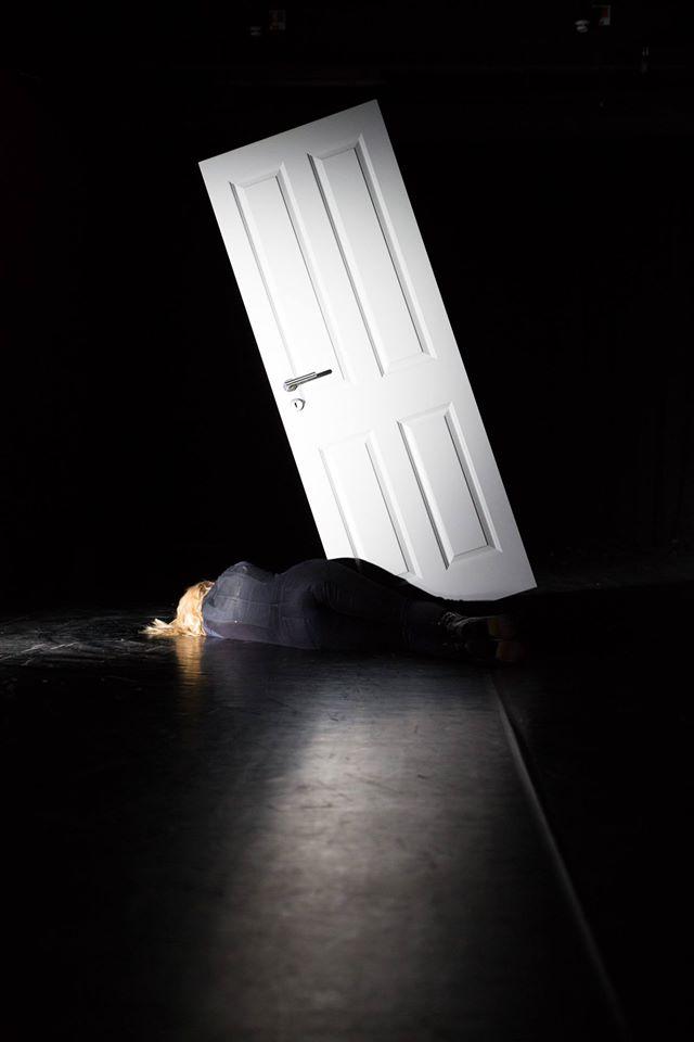 an der Tür